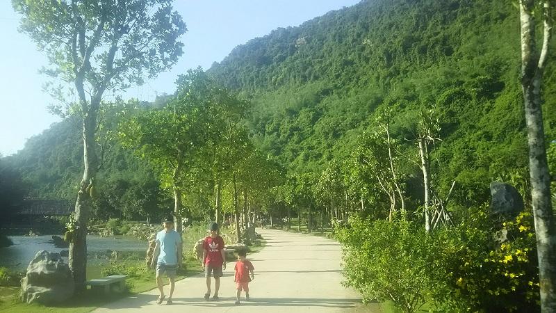 ベトナム ニンビン紀行 灼熱のBIRD Valley